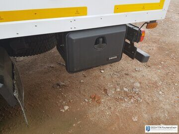 8 грузовик опасный груз