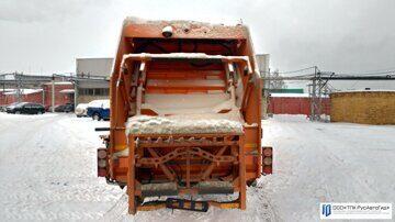 4 мусоровоз с задней загрузкой ковш